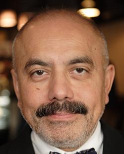Dr. Jorge Reyes